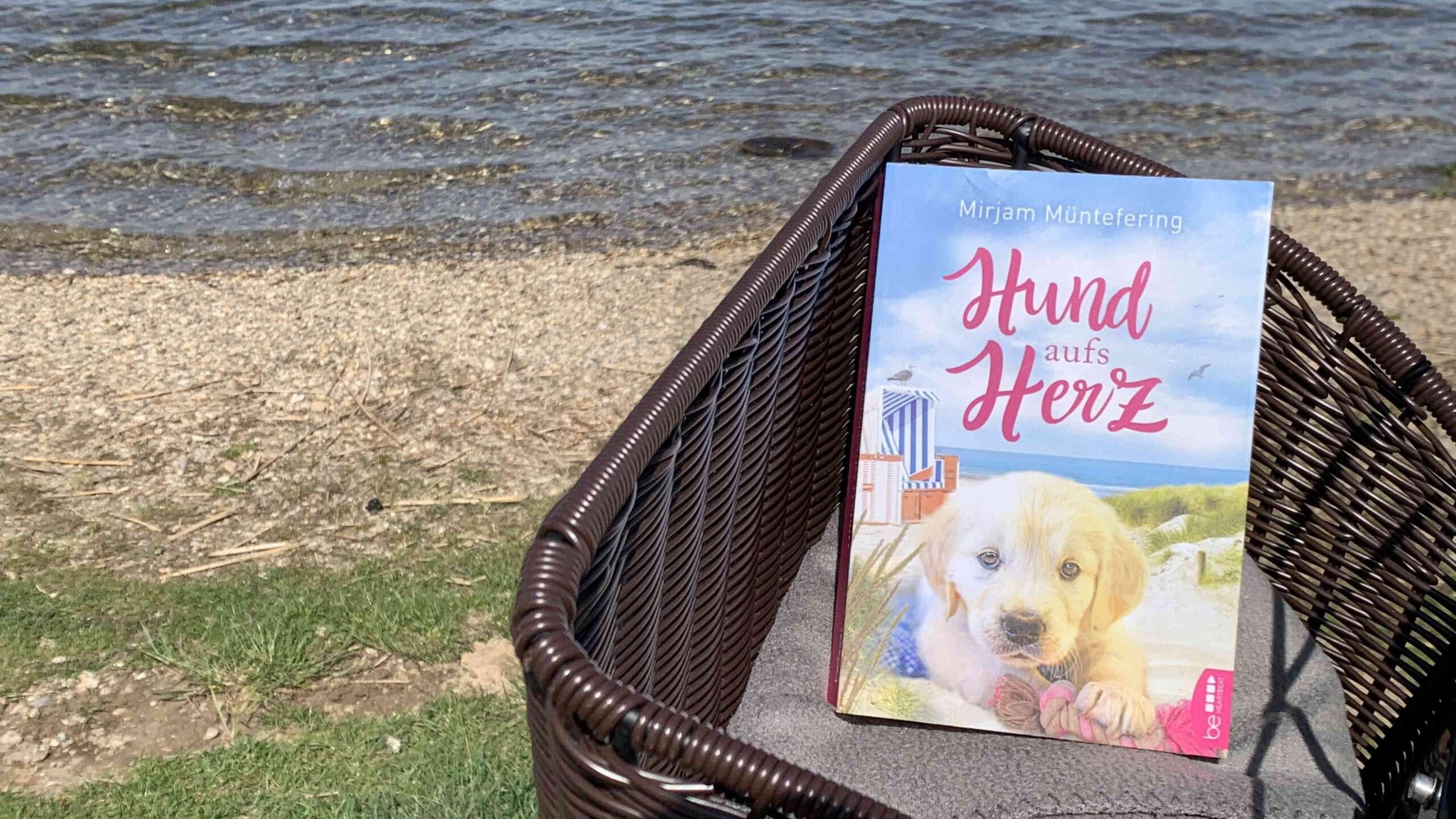 """Read more about the article """"Hund aufs Herz"""" von Mirjam Müntefering"""